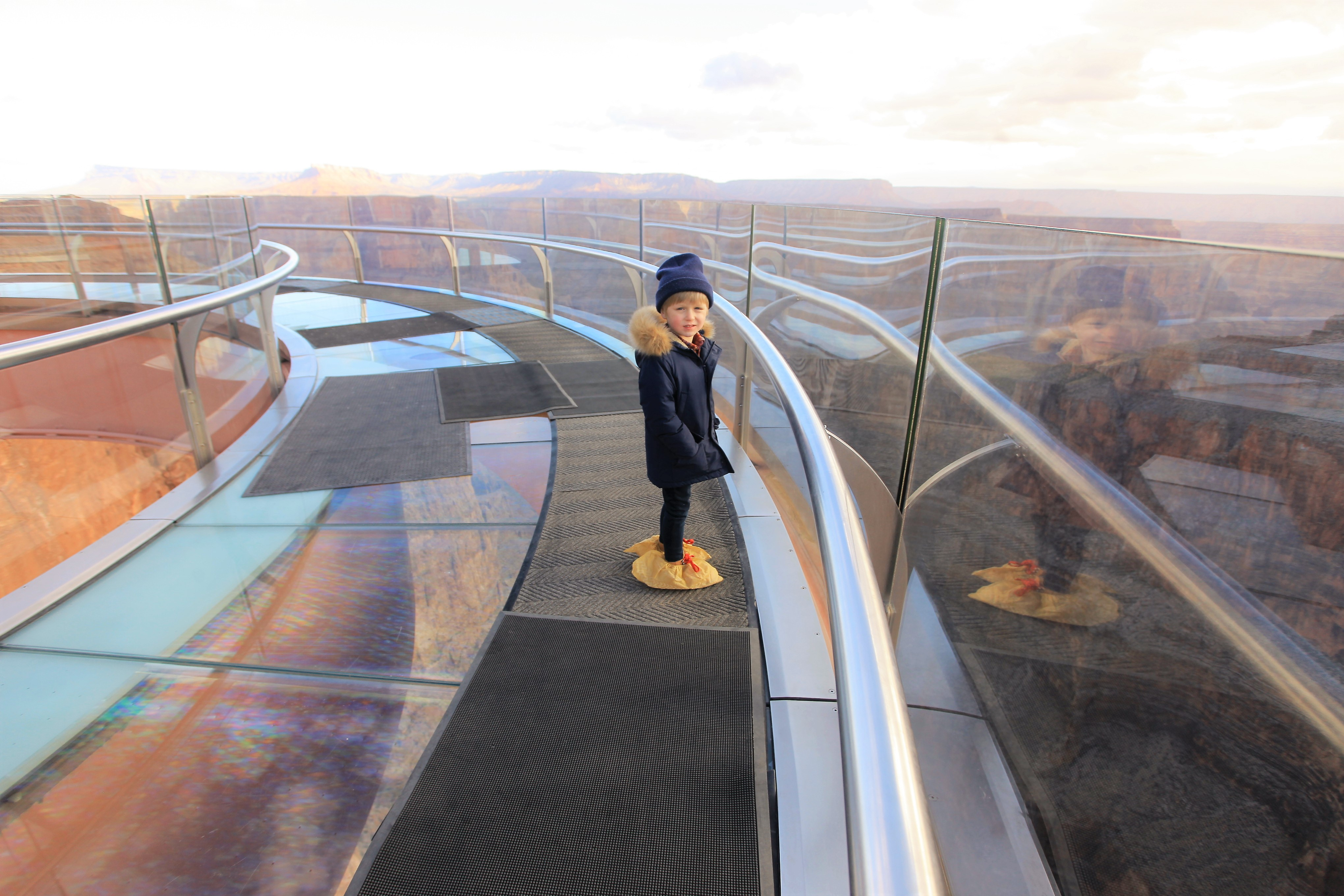 Litlle Kid Big City Grand Canyon Skywalk With Kids